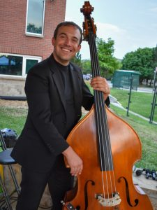Dwight Thompson – Bass